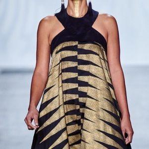 Rare Lush Open Back Dress S Manaola look